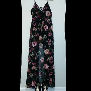 Other - Floral Printed Romper w/Train